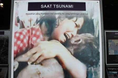 Mengenang Tragedi Lewat Museum Tsunami Aceh